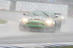 #24 BMS Scuderia Italia Aston Martin DBRS9: Toni Seiler, Franco Groppi