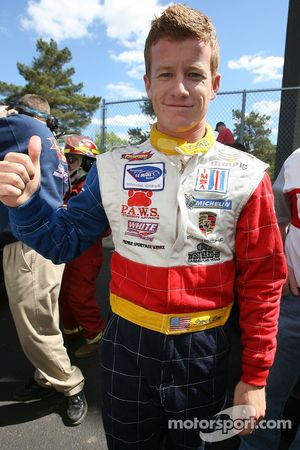 Patrick Long fête sa pole position en GT2
