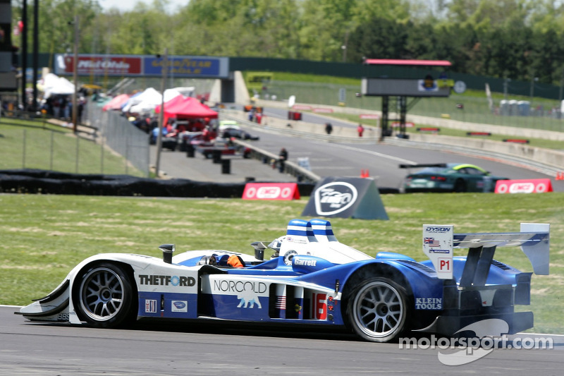 #16 Dyson Racing Team Lola B06/10 AER: James Weaver, Butch Leitzinger a des ennuis