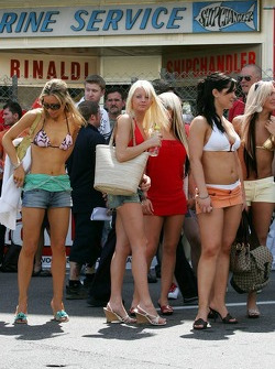 Girls on the streets of Monaco