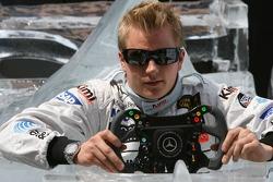 Steinmetz Diamonds présente le nouveau volant pour la course de Monaco