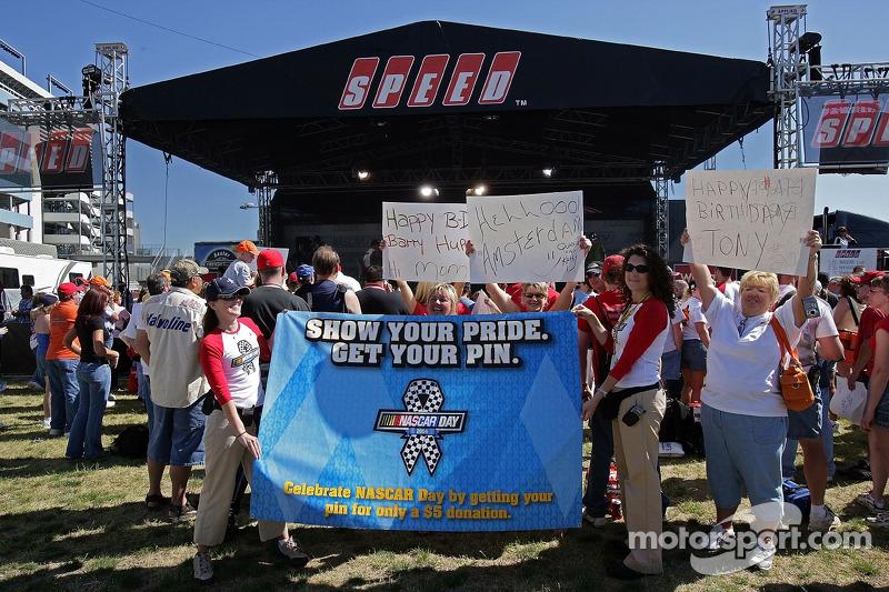 Le NASCAR Day pendant la séance de la NASCAR Nextel All-Star Challenge au Lowe's Motor Speedway