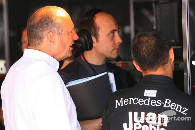 Ron Dennis y Juan Pablo Montoya