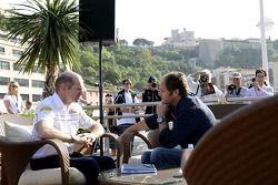 Jeudi refroidi: le directeur technique Adrian Newey et le co-propriétaire Gerhard Berger