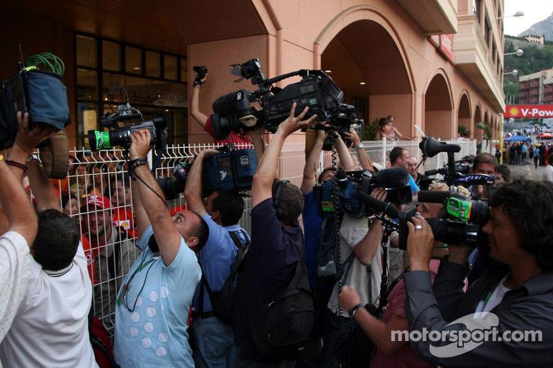 Préparations pour Michael Schumacher pour quitter le paddock