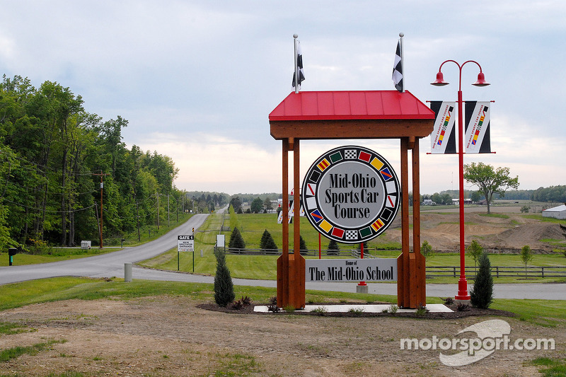 L'entrée de devant de Mid-Ohio Sports Car Course
