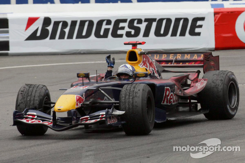 David Coulthard waves to the crowd