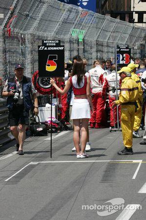 Bloc de départ vide pour Michael Schumacher