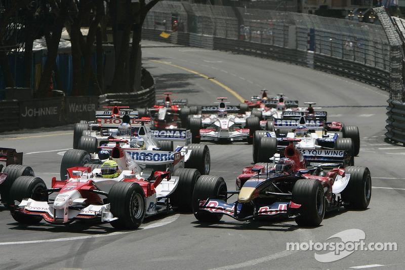 Inicio: Ralf Schumacher and Vitantonio Liuzzi