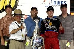 Victory lane: Carl Edwards, Jack Roush and Pennsylvania State Troopers