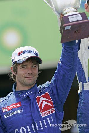 Podium: deuxième place pour Sébastien Loeb