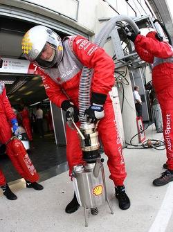 L'équipe Audi Sport Team Joest au travail