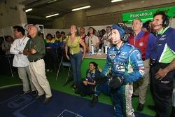 L'équipe Pescarolo Sport fête le tour le plus rapide de Franck Montagny