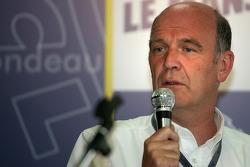 Conférence de presse: Dr. Wolfgang Ullrich