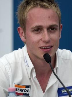 Le vainqueur de la pole position Adam Carroll