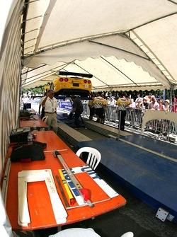 Les voitures Corvette Racing Corvette C6-R à l'assistance