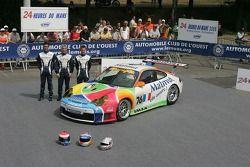 Romain Dumas, Raymond Narac, et Luca Riccitelli avec la IMSA Performance Matmut Porsche 911 GT3 RSR