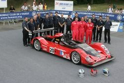Marc Rostan, Chris MacAllister, Simon Pullan, and the Pierre Bruneau Team pose with the Pierre Bruneau Pilbeam Judd