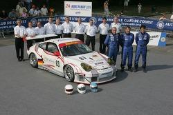 Pierre Ehret, Dominik Farnbacher, Lars-Erik Nielsen, et l'équipe Seikel Motorsport avec la Seikel Mo