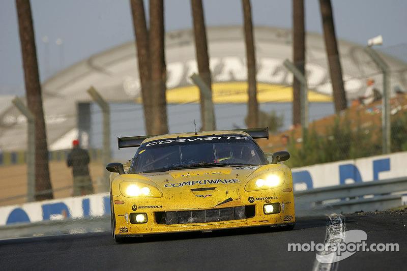 #64 Corvette Racing Corvette C6-R: Oliver Gavin, Olivier Beretta, Jan Magnussen