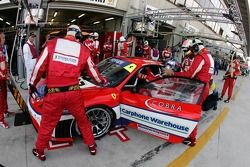 Driver change practice for #87 Scuderia Ecosse Ferrari 430 GT: Andrew Kirkaldy, Chris Niarchos, Tim Mullen