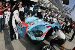 Arrêt au stand pour #37 Paul Belmondo Racing Courage C65 Ford: Didier André, Yann Clairay, Didier André
