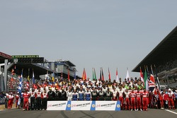 Photoshoot: all the drivers of the 2006 edition of the 24 Hours of Le Mans