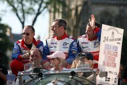 Andy Wallace, Mike Newton et Thomas Erdos
