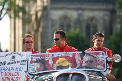 Andrew Kirkaldy, Chris Niarchos et Tim Mullen