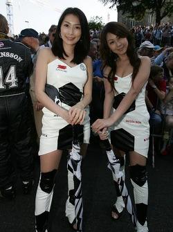 Les jeunes femmes de l'équipe Racing for Holland