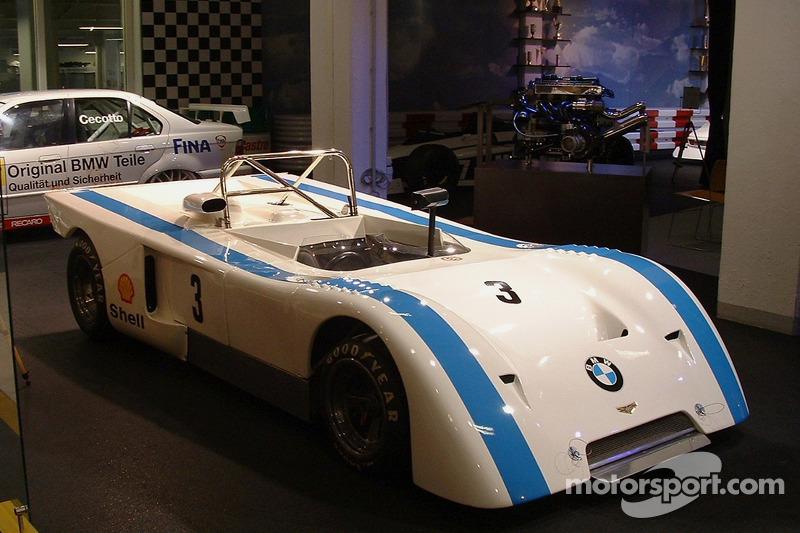 Chevron BMW B21