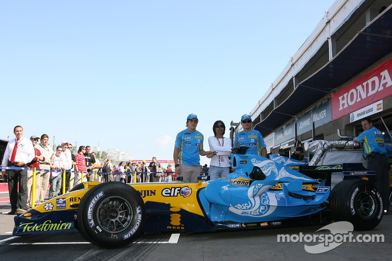 Séance photos de Renault: Fernando Alonso et Giancarlo Fisichella