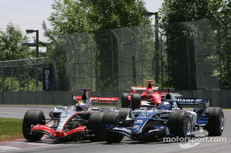 Juan Pablo Montoya et Nico Rosberg en contact