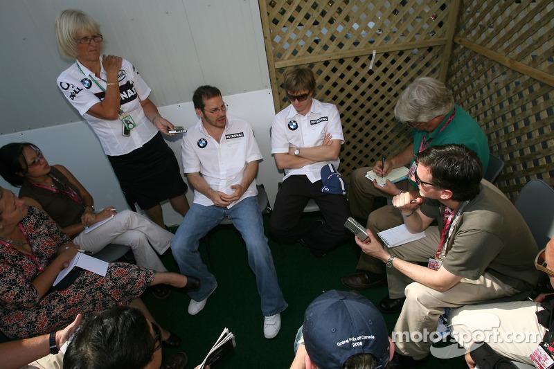 Jacques Villeneuve et Nick Heidfeld rencontrent la presse