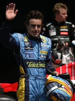 Fernando Alonso gana la pole position