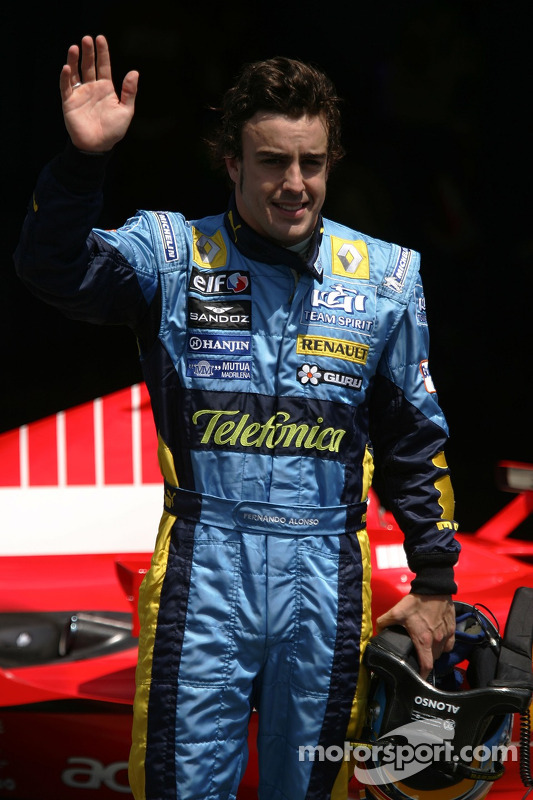 Fernando Alonso gana la pole position