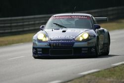 #93 Team Taisan Advan Porsche 911 GT3 RS: Kazuyuki Nishizawa, Shinichi Yamaji, Philip Collin