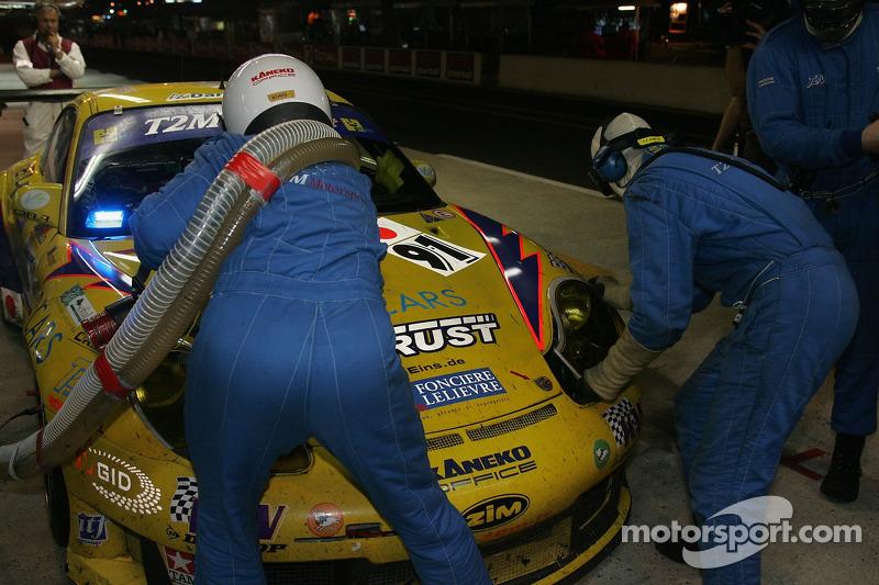 #91 T2M Motorsport dans les stands