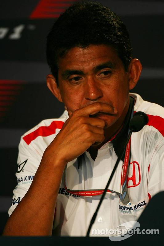 Conférence de presse de la FIA le vendredi : Aguri Suzuki