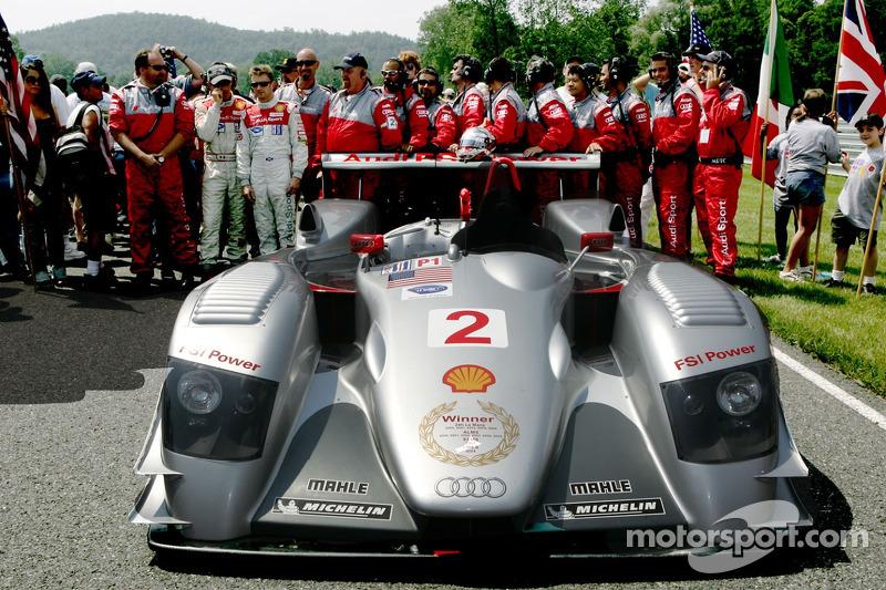 Cérémonie de retraite de l'Audi R8 : des membres de l'équipe Audi Sport North America disent adieu à l'Audi R8