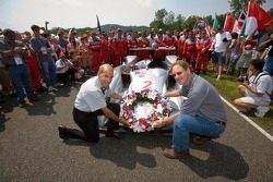 Audi R8 retirement ceremony: Scott Atherton, CEO of the American Le Mans Series, Johan de Nysschen, executive vice-president of Audi of America