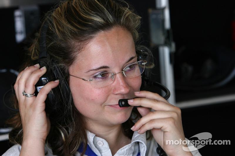 Le garage JMB Racing