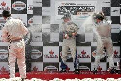 Podium : champagne pour Robbie Pecorari, Jonathan Bomarito et Ryan Lewis