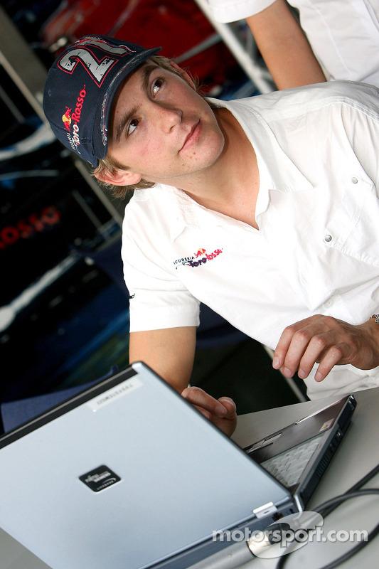 Red Bull le jeudi : Scott Speed