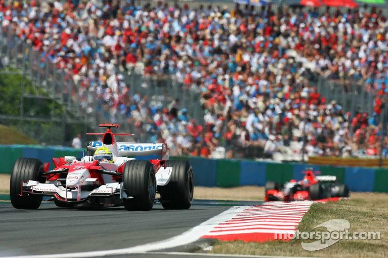Ralf Schumacher devance Christijan Alber