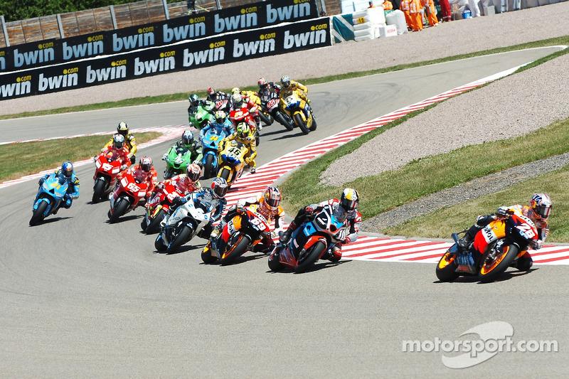 Start zum GP Deutschland 2006 auf dem Sachsenring: Dani Pedrosa, Repsol Honda Team, führt