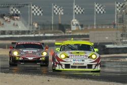 #51 Multimatic Motorsports Team Panoz Panoz Esperante GTLM: Gunnar Jeannette, Tom Milner follow #31 Petersen/White Lightning Porsche 911 GT3 RSR: Jorg Bergmeister, Michael Petersen, Patrick Long