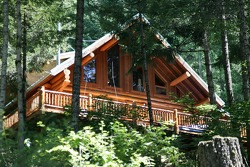 A nice house along the White Salmon river