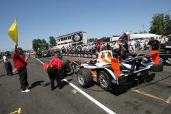 Pit crew challenge: #37 Intersport Racing Lola B05/40 AER: Clint Field, Liz Halliday, Jon Field