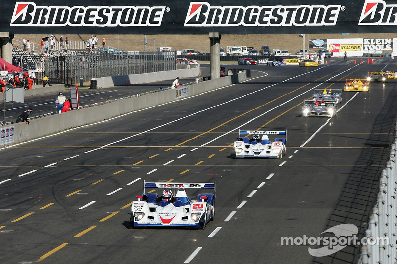 Premier tour: #20 Dyson Racing Team Lola B06/10 AER: Chris Dyson, Guy Smith